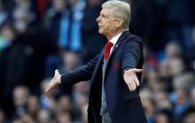 Alan Shearer: Ông Wenger nên xin lỗi Sterling!