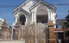 Giàn giáo xây biệt thự đổ sập, 2 nhân công tử vong