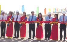 Thủ tướng Nguyễn Xuân Phúc cắt băng thông xe cầu Nhật Lệ 2
