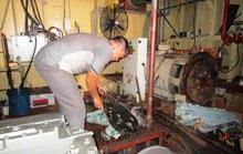 Tàu vỏ thép ở Thanh Hóa, Quảng Nam cũng hỏng