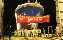 Thu lợi từ tàu cá vỏ composite