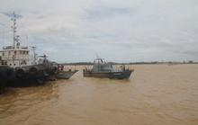 Mở rộng tìm kiếm 4 thuyền viên mất tích trong bão số 2