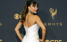 Sofia Vergara đánh cắp hào quang thảm đỏ Emmy