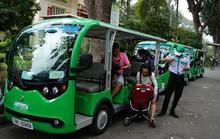 Xe buýt điện hút khách