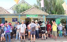 Bát nháo ở quầy mua vé lên đỉnh Langbiang