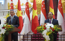 Thủ tướng Việt Nam - Singapore bàn về Biển Đông