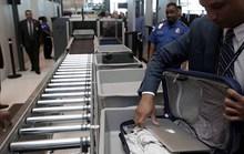 Mỹ thắt chặt soi thiết bị điện tử lên máy bay