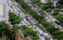 Hỗn loạn giao thông ở cửa ngõ sân bay Tân Sơn Nhất