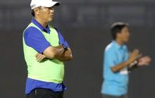 HLV Trần Minh Chiến dẫn dắt U19