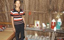 Xóm nghèo bàng hoàng trước cái chết của bé gái bị xâm hại