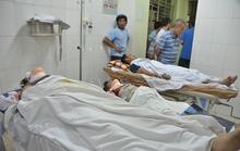 Thang máy công trình rơi tự do, 7 người trọng thương