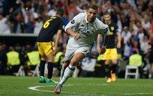 Ronaldo thăng hoa ở tuổi 32