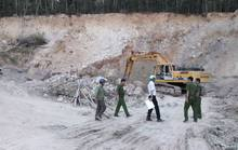 Bắt quả tang đoàn xe khai thác khoáng sản trái phép ở Phú Quốc