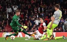 Sanchez lập siêu phẩm, Arsenal ngược dòng hạ đẹp Cologne