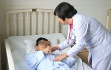 Điều trị thành công bệnh nhi bị liệt vì viêm đa cơ