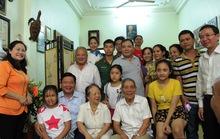 Bí thư Đinh La Thăng thăm vận động viên khuyết tật