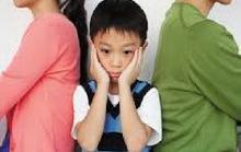 Ai nỡ trút giận lên đầu một đứa trẻ vô tội?