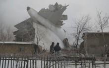 Rơi máy bay Thổ Nhĩ Kỳ, chết hàng chục người trên mặt đất