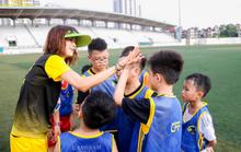 Ngọc Châm làm bóng đá cộng đồng