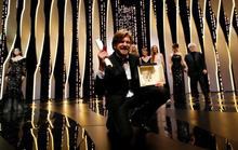 Phim hài của Thụy Điển thắng Cành cọ vàng