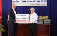 Diageo Việt Nam tặng hơn 100 máy tính cho học sinh nghèo Ninh Thuận