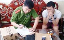 Bắt nhóm lừa làm sổ đỏ, bằng giả, bán iPhone ở TP HCM