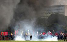 Brazil: Tổng thống lệnh quân đội trấn áp biểu tình