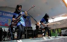 Những cô gái mê rock, bất chấp định kiến Hồi giáo