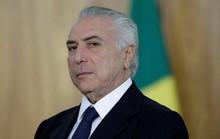 Nhậm chức 1 năm, Tổng thống Brazil dính đòn chí mạng