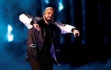 Ca sĩ Drake tiếp tục phá kỷ lục