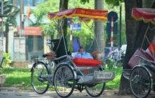 Muôn kiểu chống chọi nóng kinh người trên 40 độ C ở Hà Nội