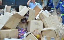 Gần 50 tấn mỹ phẩm, bánh kẹo Made in USA bị nghiền nát