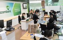 Giao dịch ngân hàng bị ngưng trệ do... đào đường
