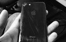 Ế khách, iPhone Jet Black thành màu rẻ nhất
