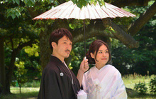Vì sao người Nhật thích dùng ô trong suốt?