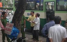 Vừa xuống xe buýt, nam thanh niên ngã quỵ rồi tử vong