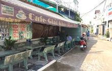 Chiếm hẻm trái phép, chủ quán cà phê còn dọa hành hung