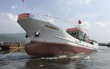 Hạ thủy tàu dịch vụ hậu cần nghề cá lớn nhất miền Trung