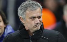 """HLV Mourinho """"đá  đểu"""" Jurgen Klopp"""
