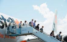 Cấm hành khách dùng pin sạc dự phòng trên máy bay