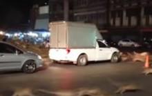 Hàng trăm con khỉ tấn công đường phố, gây náo loạn