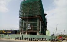 """Khách sạn xây """"chui"""" 10 tầng bị phạt 1 tỉ đồng"""