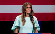Bà Trump lần thứ ba kiện báo Anh vì bị gọi là gái bao
