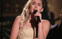Khi Miley Cyrus qua thời nổi loạn