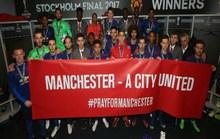Man City đoàn kết với M.U sau Europa League