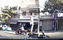 Truy tìm thanh niên lái xe máy bằng chân ở Đà Nẵng