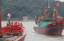 """Nghệ An: """"Cấm biển"""", gần 4.000 tàu thuyền vào nơi trú ẩn an toàn"""