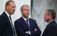 Chelsea họp tới 3 giờ sáng để bàn về tương lai Conte