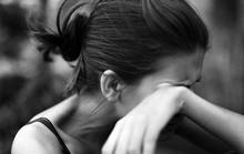 Sốc khi chồng mới cưới chat sex với người yêu cũ