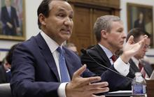 Giám đốc United Airlines điều trần trước quốc hội